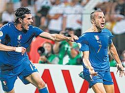 CADA 12 AÑOS: ITALIA, PRIMERA FINALISTA DEL MUNDIAL 2006
